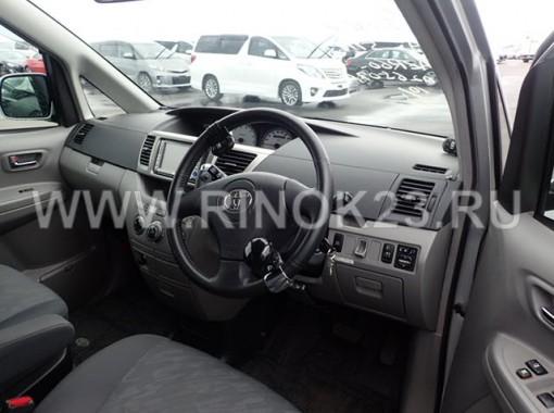 Toyota NOAH 2003 Минивэн Геленджик
