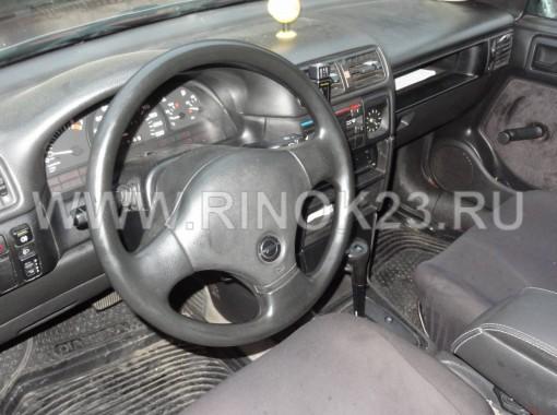 Opel Vectra Седан 1992 г. бензин 1.8 л АКПП