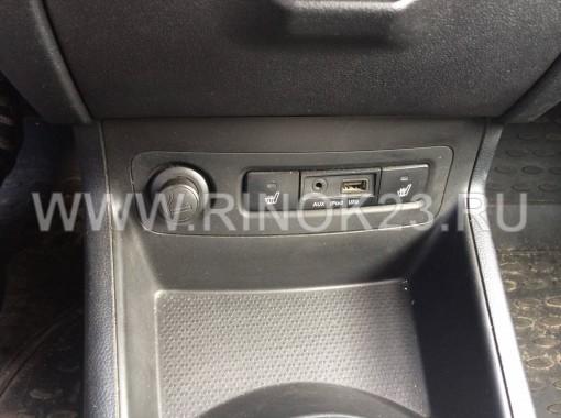 Hyundai i-20 хетчбэк 2010 г. бензин 1.4 л АКПП