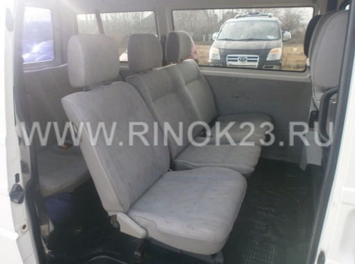 Volkswagen  Transporter 2003 Микроавтобус Усть-Лабинск