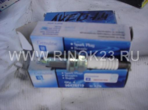 Свеча зажигания на Сhevrolet AVEO 1,4 DOHC / CRUZE 1,6/1,8