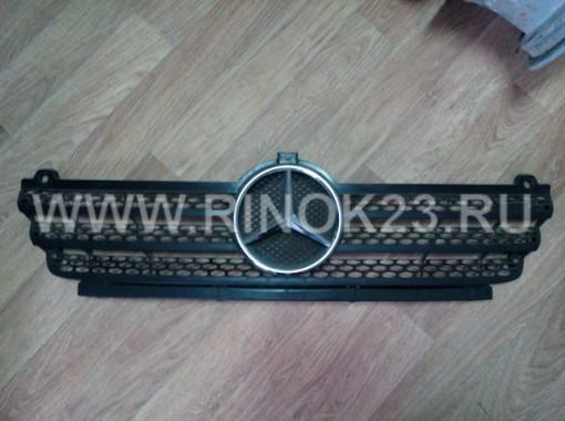 Решетка радиатора  Mercedes-Benz Sprinter W902 (б.у)