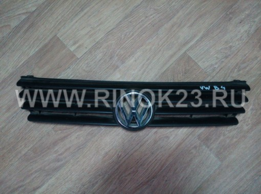Решетка радиатора б/у на Volkswagen Passat B4 1994-96