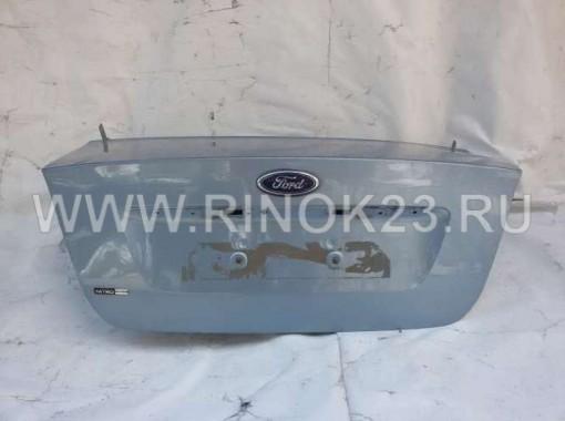 Крышка багажника седан б/у на Ford Focus 2