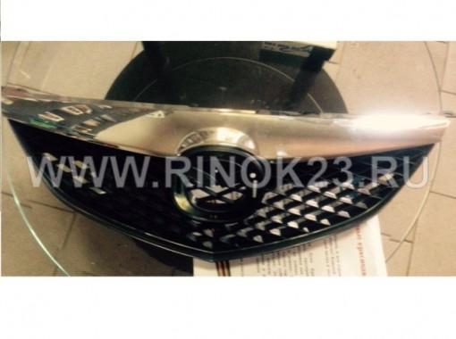Решетка радиатора Mazda 3 с полосой