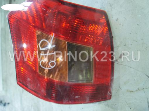 Задний фонарь б/у Toyota Corolla Runx