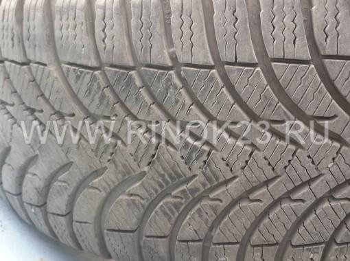 Зимние нешипованные шины б/у Michelin Alpin A4 215/55 R17