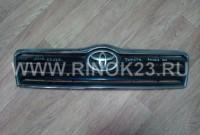 Решетка радиатора на Toyota Avensis 2002-07 (б.у)