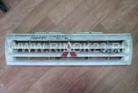 Решетка радиатора б/у на Mitsubishi Pajero 1991-98