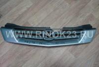 Решетка радиатора б/у на Mazda Demio 1996-02