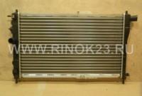 Радиатор охлаждения двигателя DAEWOO NEXIA 1.5 /1.8 л. 1995 г. в Краснодаре